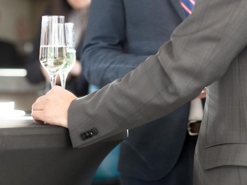 会社の飲み会の二次会に行かないことは悪いことなのか?