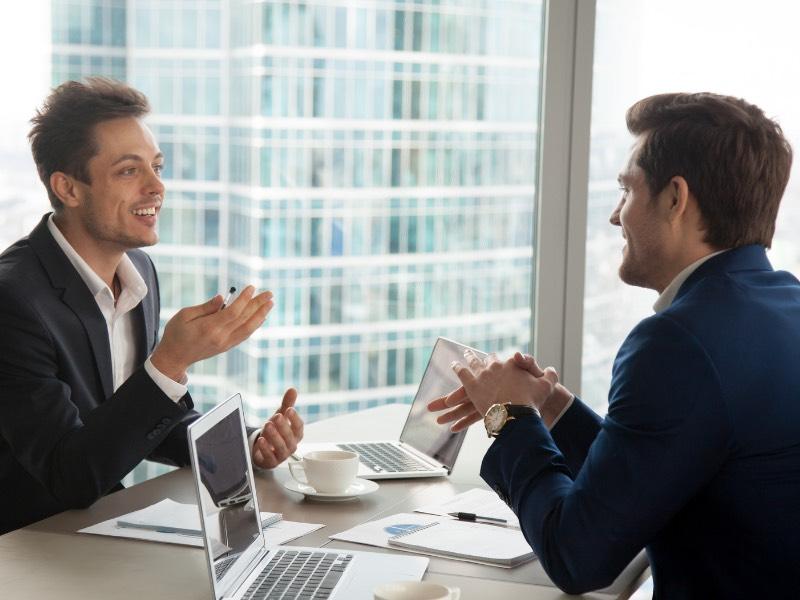 仕事で意見が通らないという悩みを持った人はまず意見力をつけよう