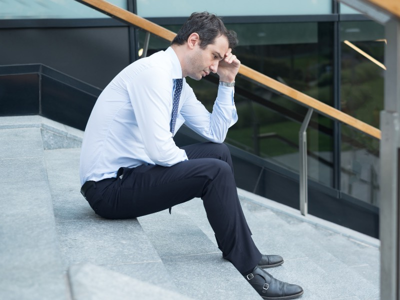 仕事が合わない!苦痛で仕方ない職場にいるのは人生の負け組