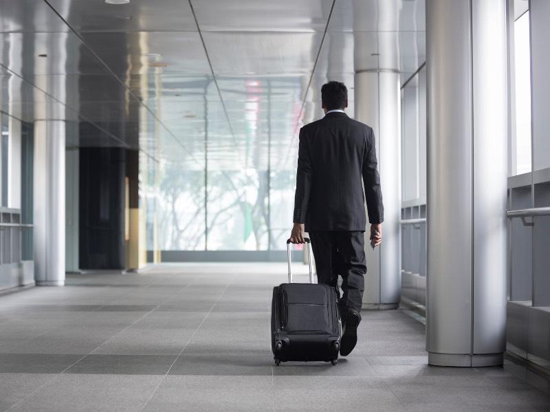 最終的に仕事のミスを言い訳する人は仕事を辞めていく